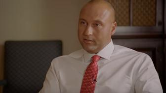 Derek Jeter sits down with President Obama for a fun chat.