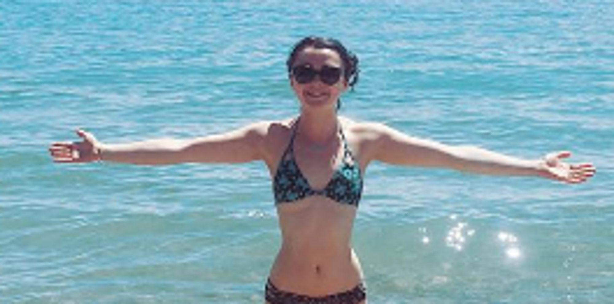 Maisie Williams Channels Her Inner Mermaid With Bikini ...