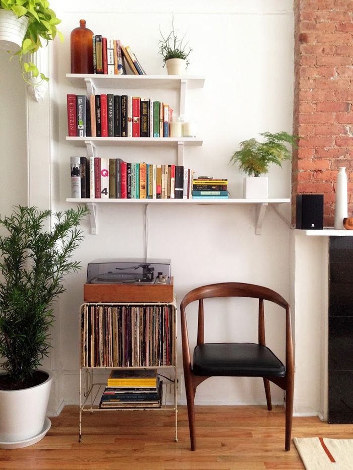 "Photo Credit:&nbsp;<a href=""http://www.designsponge.com/2015/03/old-school-charm-in-a-brooklyn-railroad-apartment.html"" targe"