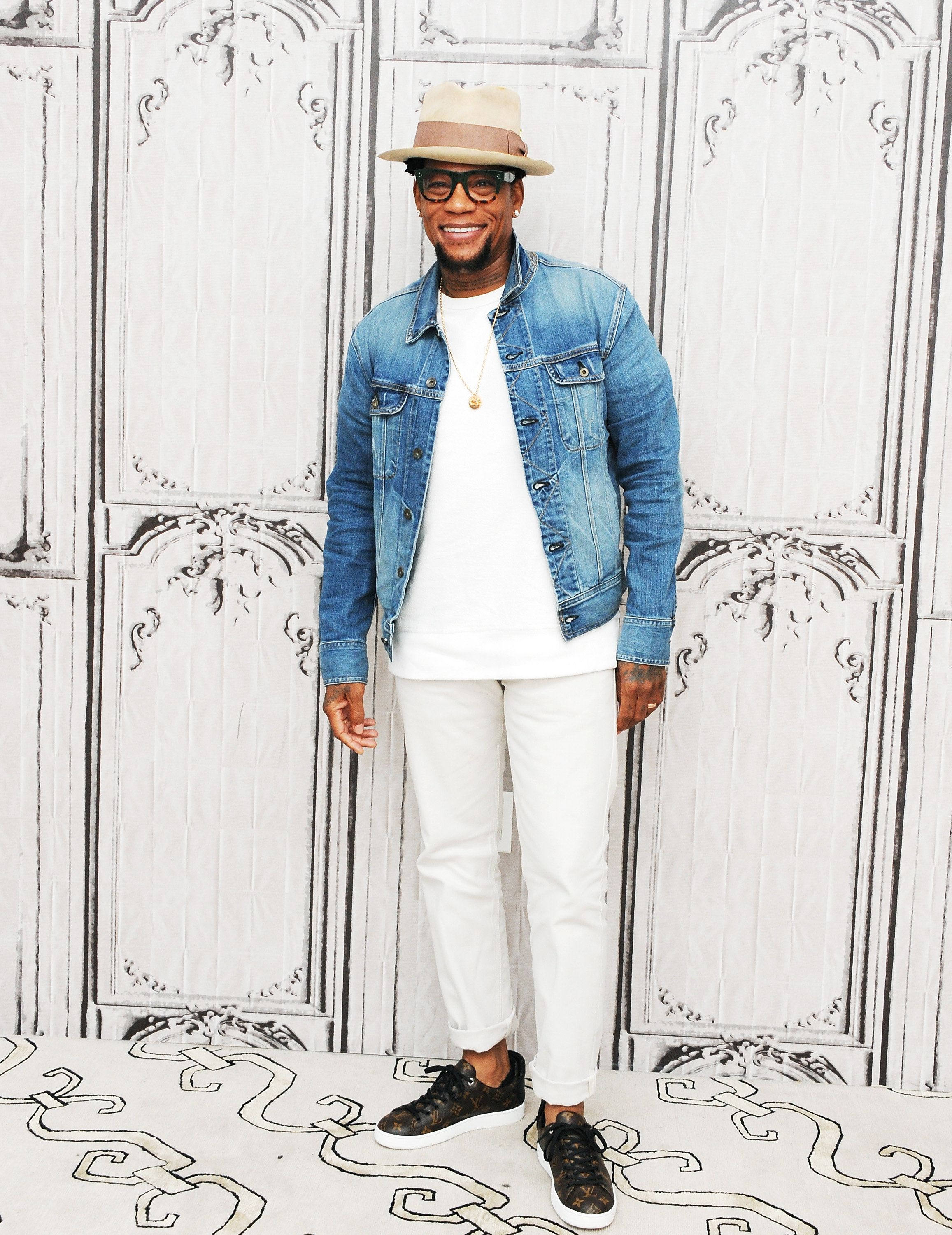 How To Wear White Jeans, For The Man Who's Completely Terrified Of