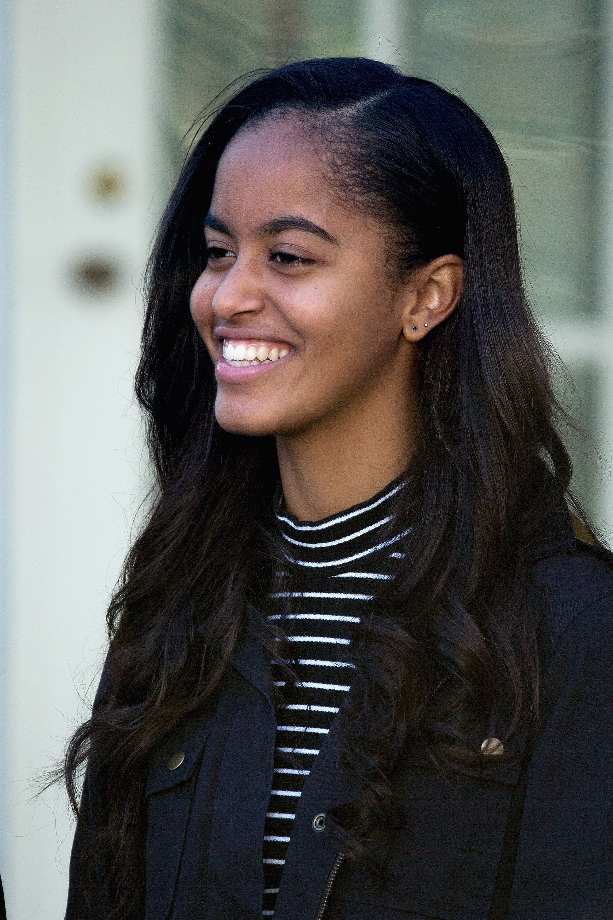Malia Obama Proves Why She's America's Sweetheart On Our Cheap Celeb Finds