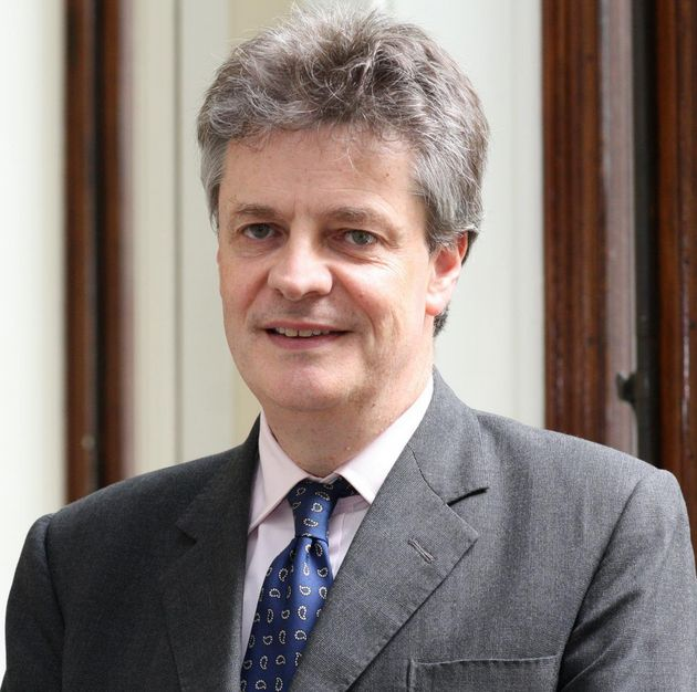 Lord Hill is to stand down as the UK's European