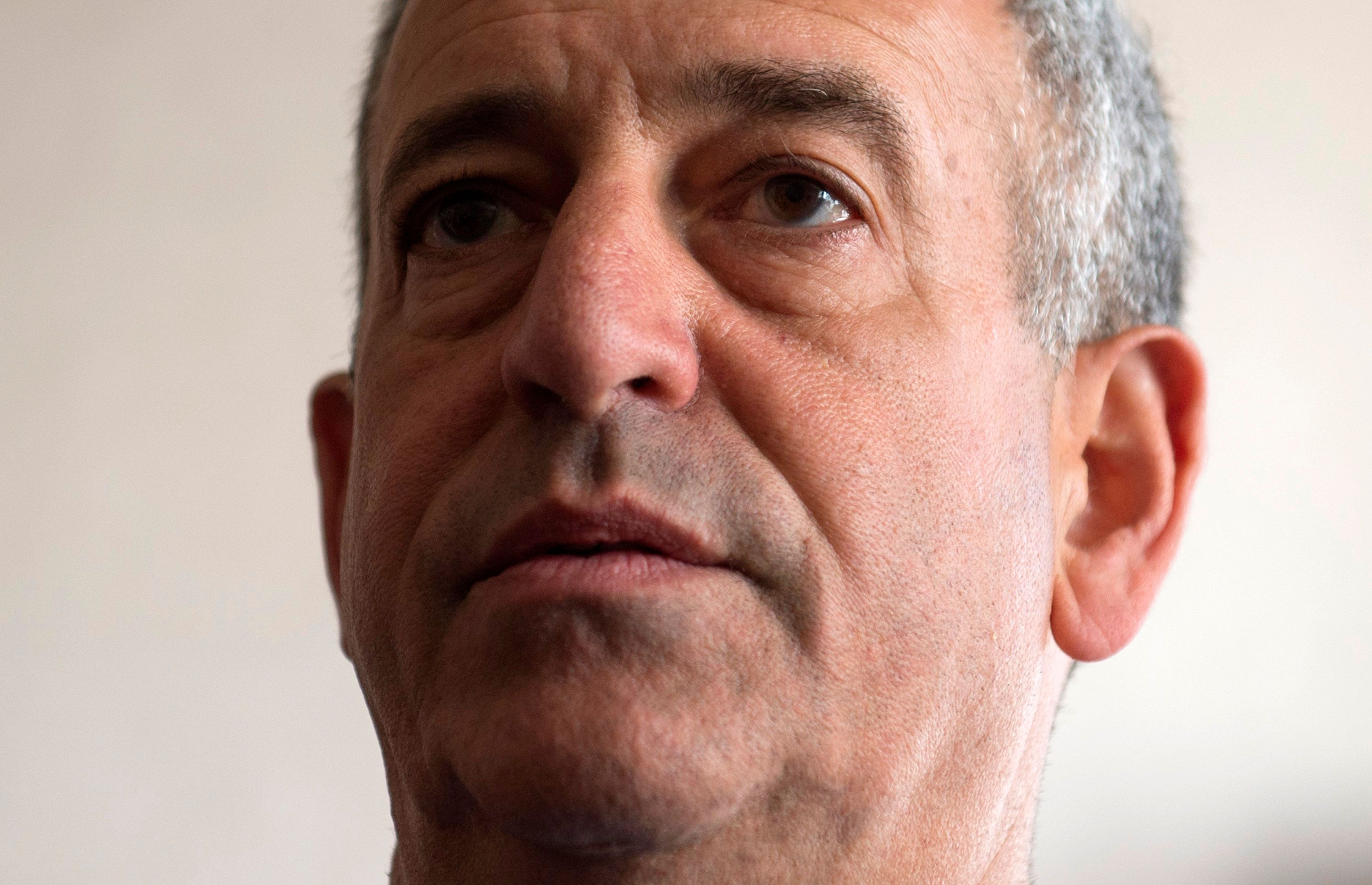 Russ Feingold, U.S. Special Envoy for the Great Lakes Region of Africa and the Democratic Republic of Congo, speaks during a news briefing at the Palais de la Nation in Kinshasa May 4, 2014. REUTERS/Saul Loeb/Pool (DEMOCRATIC REPUBLIC OF CONGO - Tags: POLITICS HEADSHOT)