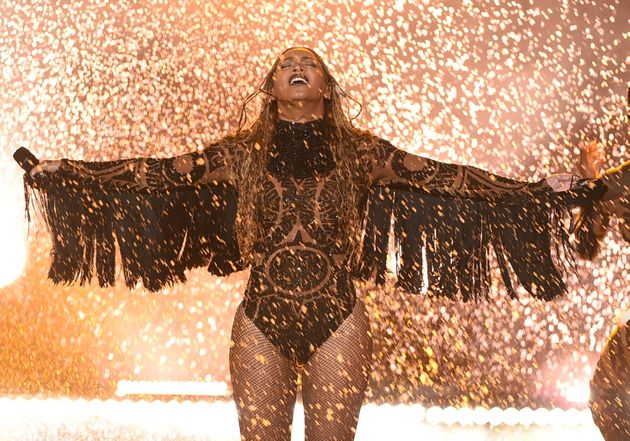BET Awards 2016: Beyoncé's Look Totally Killed It For 'Freedom'