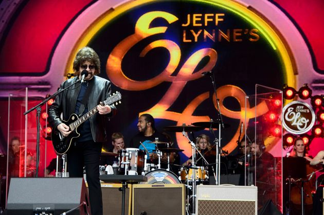 Jeff Lynne's ELO performed in the 'legends' slot at