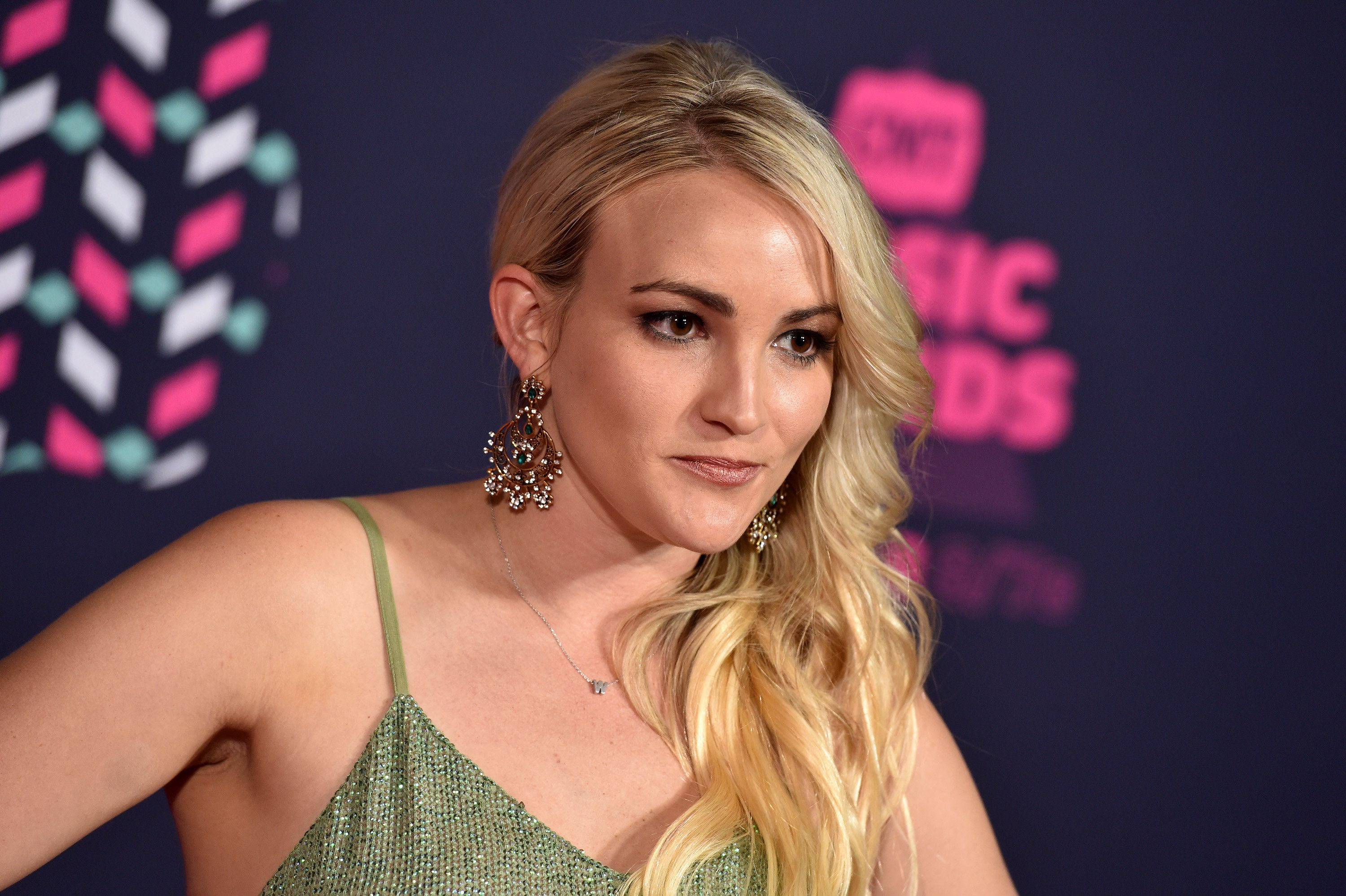 NASHVILLE, TN - JUNE 08:  Jamie Lynn Spears attends the 2016 CMT Music awards at the Bridgestone Arena on June 8, 2016 in Nashville, Tennessee.  (Photo by John Shearer/WireImage)