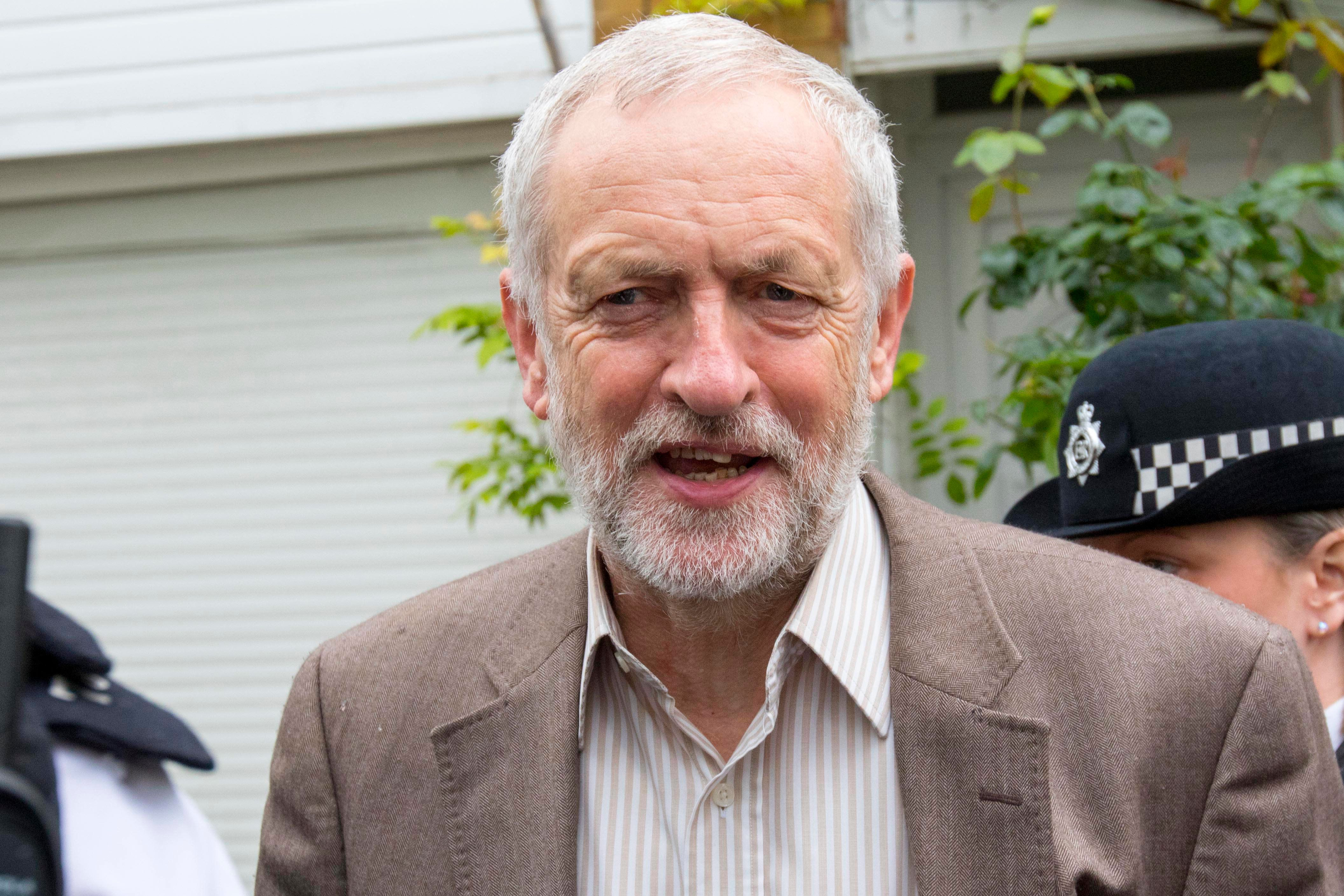 The Daily Mirror Has Abandoned Corbyn - But Its Readers Definitely