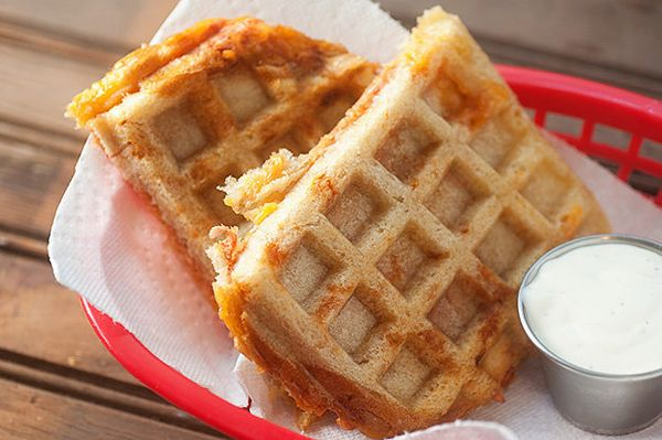 "<strong>Get the <a href=""http://www.bunsinmyoven.com/2015/02/12/waffle-iron-barbecue-chicken-sandwich/"" target=""_blank"">Waffl"
