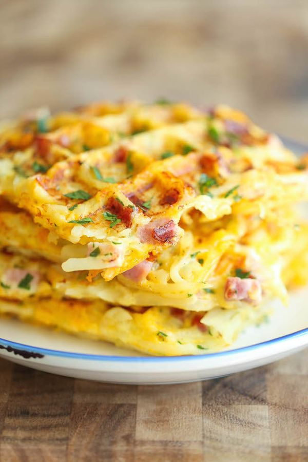 "<strong>Get the <a href=""http://damndelicious.net/2015/09/27/ham-and-cheese-hashbrown-waffles/"" target=""_blank"">Ham And Chees"