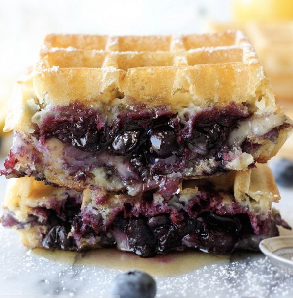 "<strong>Get the <a href=""http://damndelicious.net/2013/04/24/brie-and-blueberry-waffle-grilled-cheese/"" target=""_blank"">Brie"