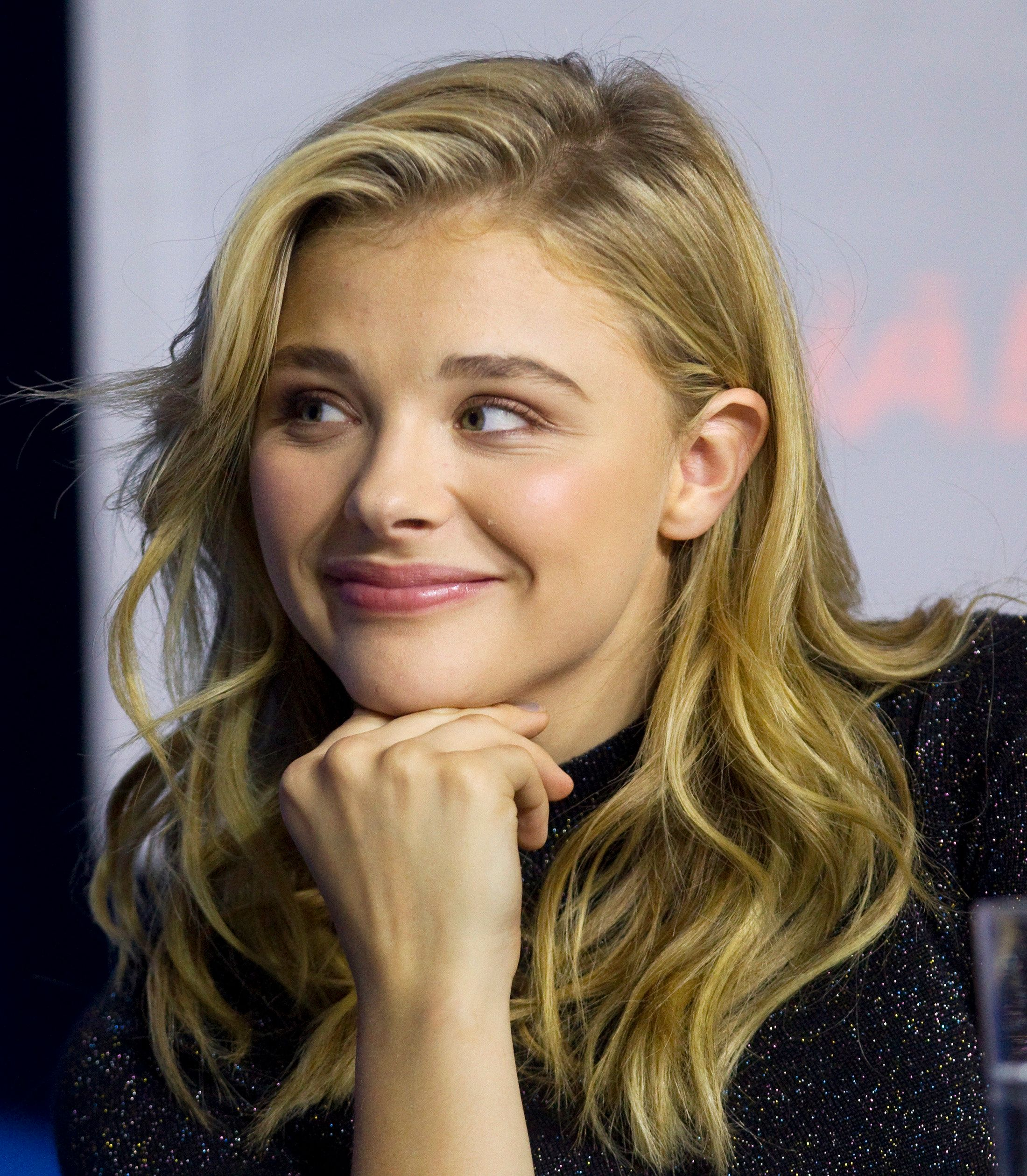 "Actor Chloe Grace Moretz attends a news conference to promote the film ""The Equalizer"" at the Toronto International Film Festival (TIFF) in Toronto, September 7, 2014.    REUTERS/Fred Thornhill (CANADA - Tags: ENTERTAINMENT)"