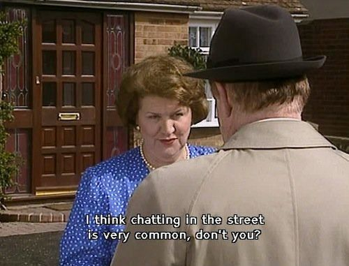 28 Real Life Situations Perfectly Dealt With By Keeping Up Appearances' Hyacinth