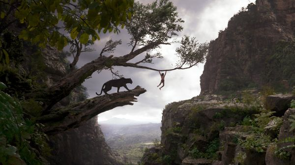 """The impressive live-action/CGI hybridity of """"The Jungle Book"""" <a href=""""https://www.huffpost.com/entry/the-jungle-book-review_"""
