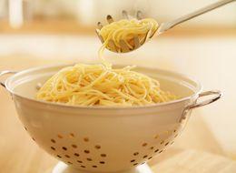 No imaginas para qué sirve el agujero de la cuchara para espaguetis