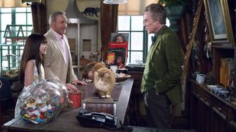 """M266 (Left to right.)  Melina Weissman, Kevin Spacey and Christopher Walken star in EuropaCorp's   """"NINE LIVES�.Photo Credit: Takashi Seida� 2015 EuropaCorp."""