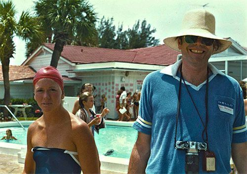 Nancy Stearns Bercaw with her father, Beau Bercaw, at a Florida swim meet in 1984.