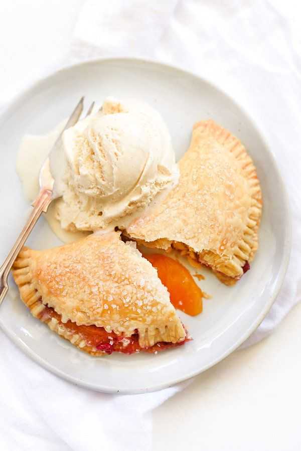 "<strong>Get the <a href=""http://www.foodiecrush.com/raspberry-peach-hand-pies/"" target=""_blank"">Raspberry Peach Hand Pies rec"