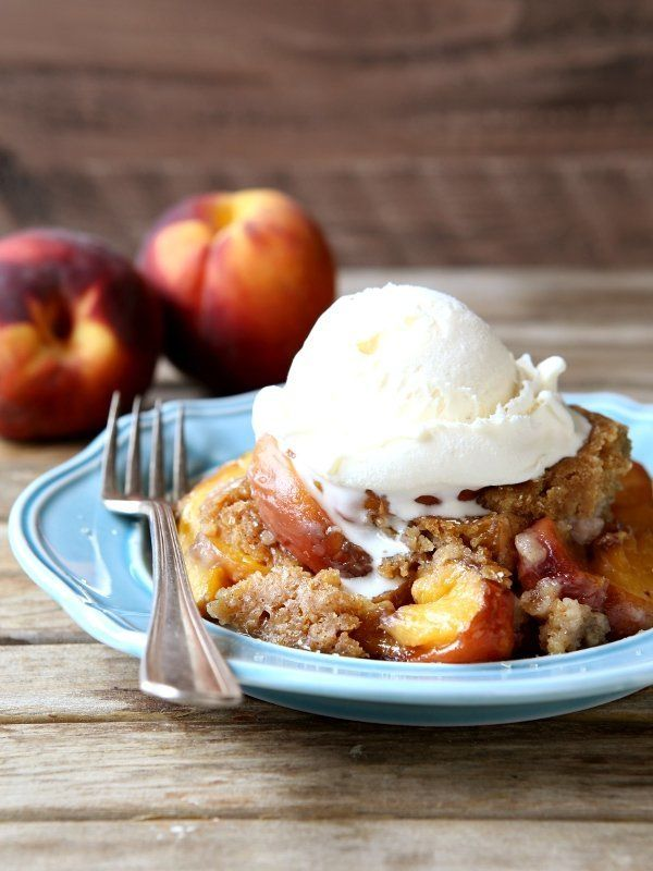 "<strong>Get the <a href=""http://www.completelydelicious.com/2015/08/slow-cooker-peach-cobbler.html"" target=""_blank"">Slow Cook"
