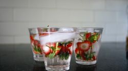 Strawberry-Top Water Is A Refreshing Solution To Food