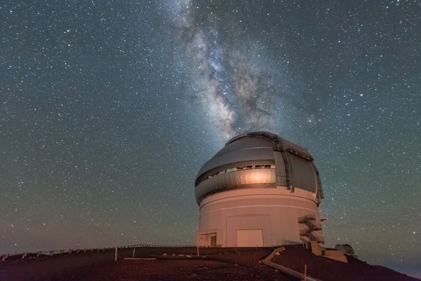"""When you're perched <a href=""""https://www.ifa.hawaii.edu/mko/about_maunakea.htm"""" target=""""_blank"""">13,500 feet above sea level</"""