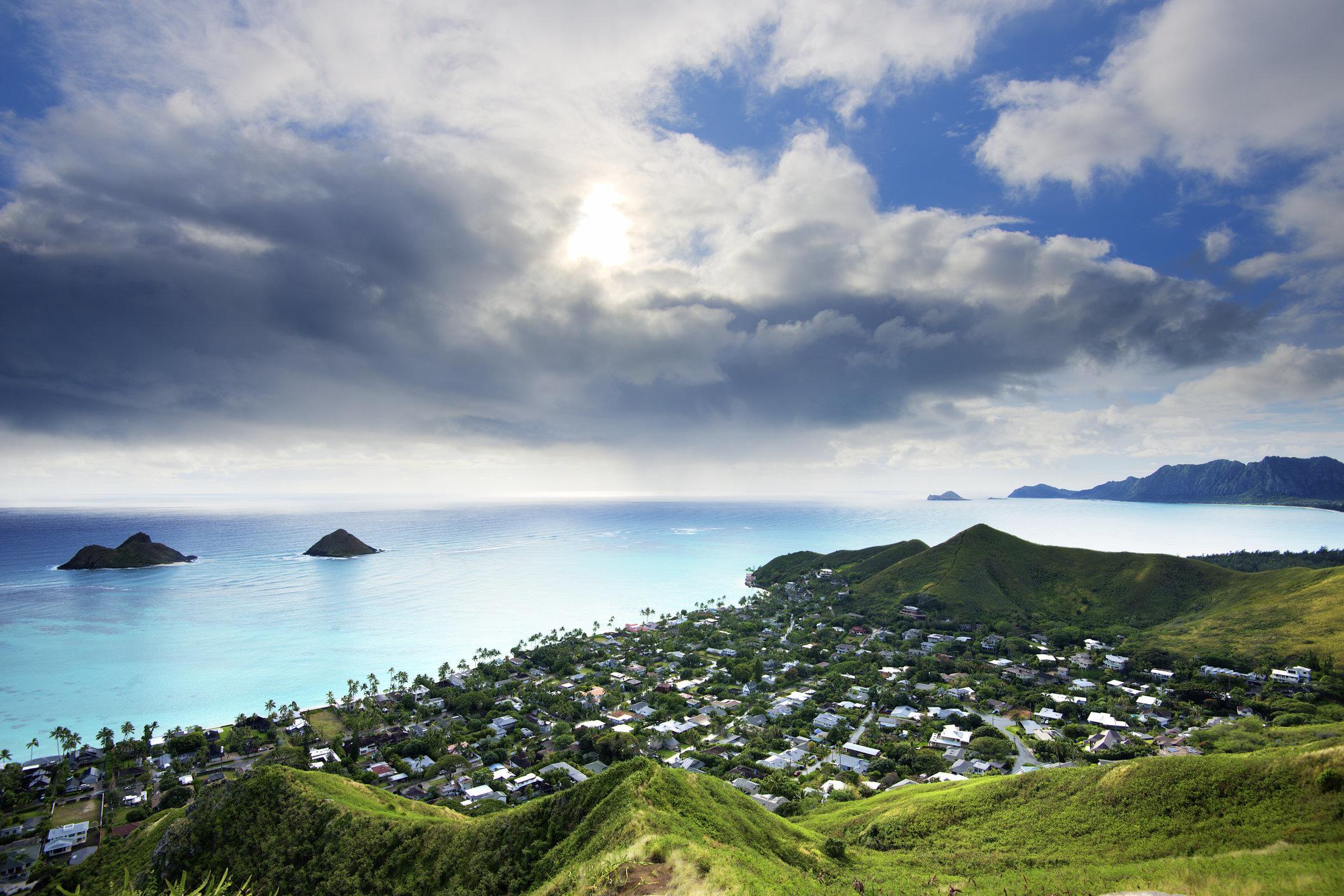 Lanikai Beach, Lanikai Pillbox Trail, Kailua, Oahu, HawaiiAlso in the picture - Mokulua Islands (twin islands)