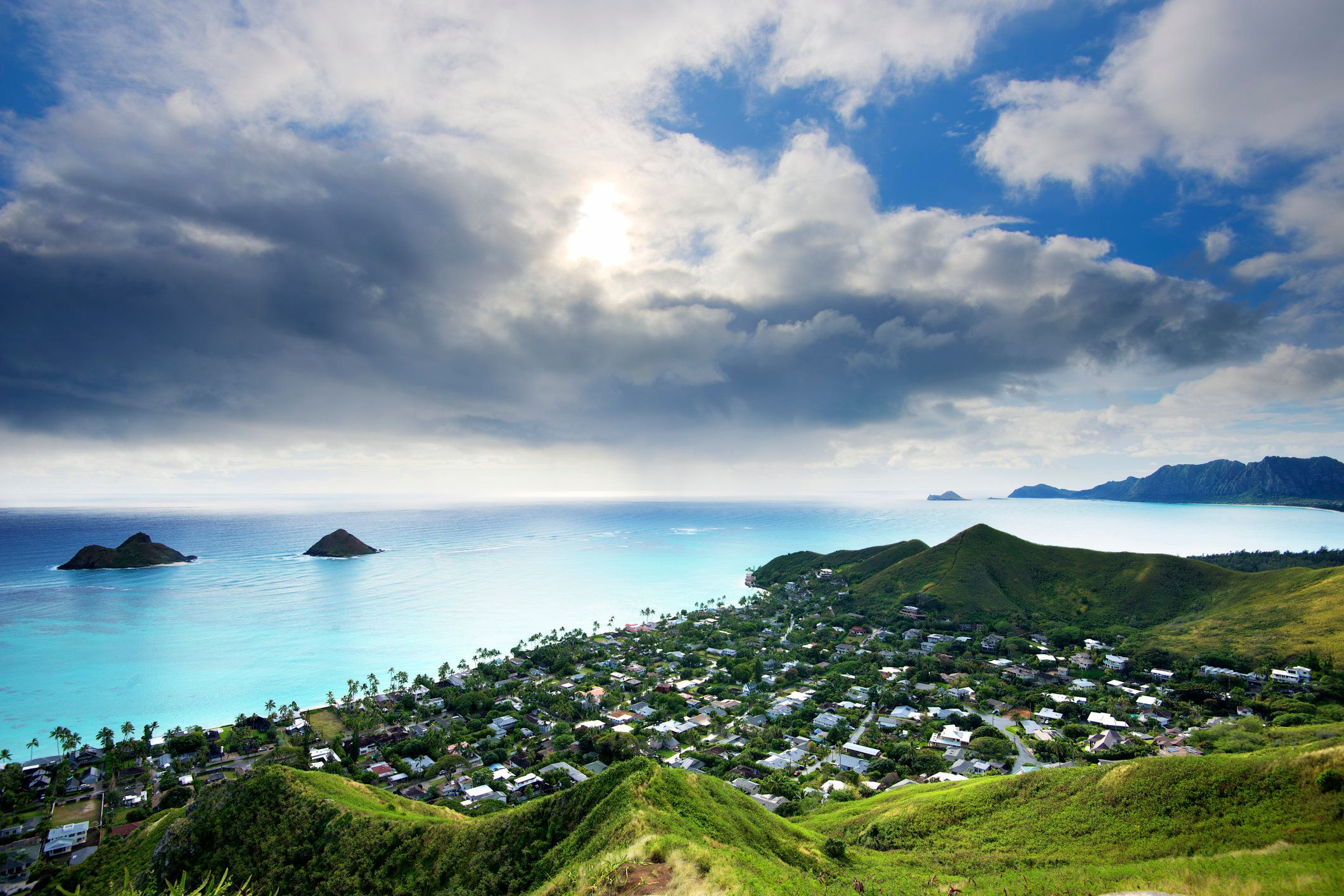 The Mokulua Islands sit off the coast of Lanikai Beach, but the best way to see them is from theold bunkers atop one of