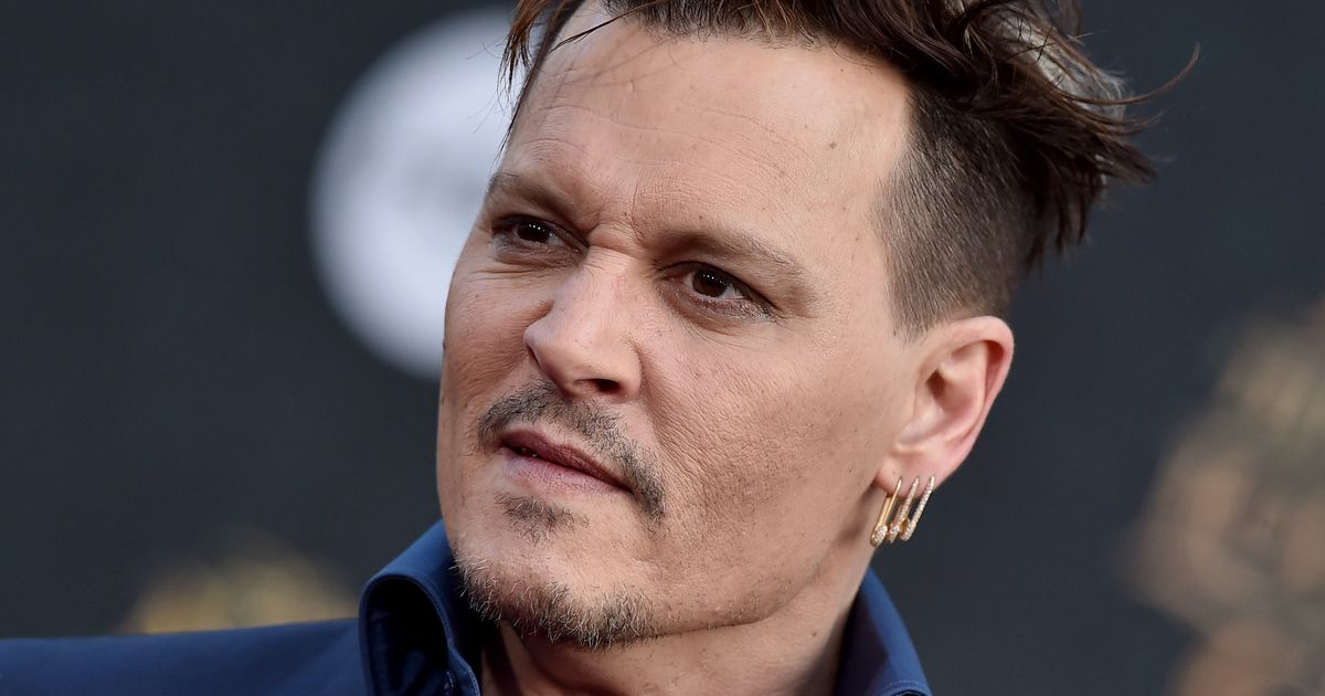 Johnny Depp Changes Amber Heard Tattoo To Read Scum Huffpost Uk