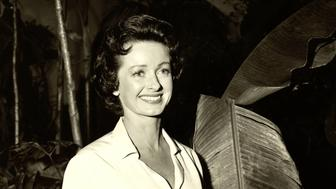 Noel Neill, US actress, wearing a white short-sleeve blouse in a publicity portrait issued for the US television series, 'Adventures of Superman', USA, circa 1955. The comic book adaptation, featuring DC Comics characters, starred Neill as 'Lois Lane'. (Photo by Silver Screen Collection/Getty Images)