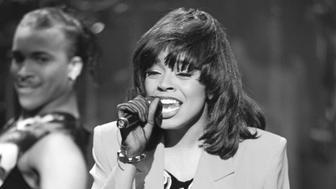 THE TONIGHT SHOW WITH JAY LENO -- Episode 1 -- Pictured: Musical guest Shanice Wilson performs on May 25, 1992 -- Photo by: Chris Haston/NBCU Photo Bank