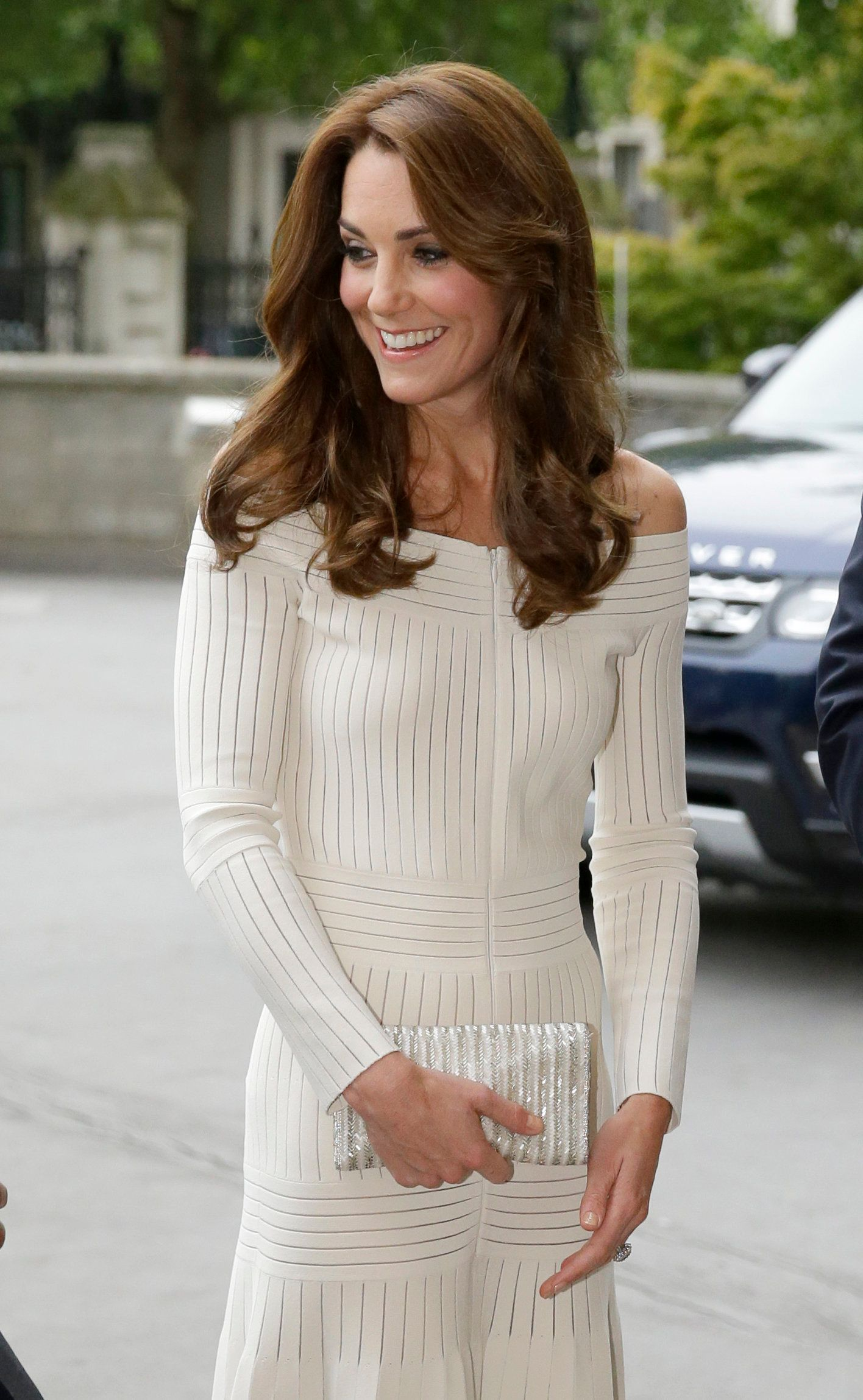 The Duchess Of Cambridge's Off-The-Shoulder Dress Is Right On The