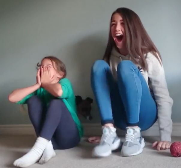 Sisters Go Through 4 Stages Of Emotion When Learning Their Mum Is