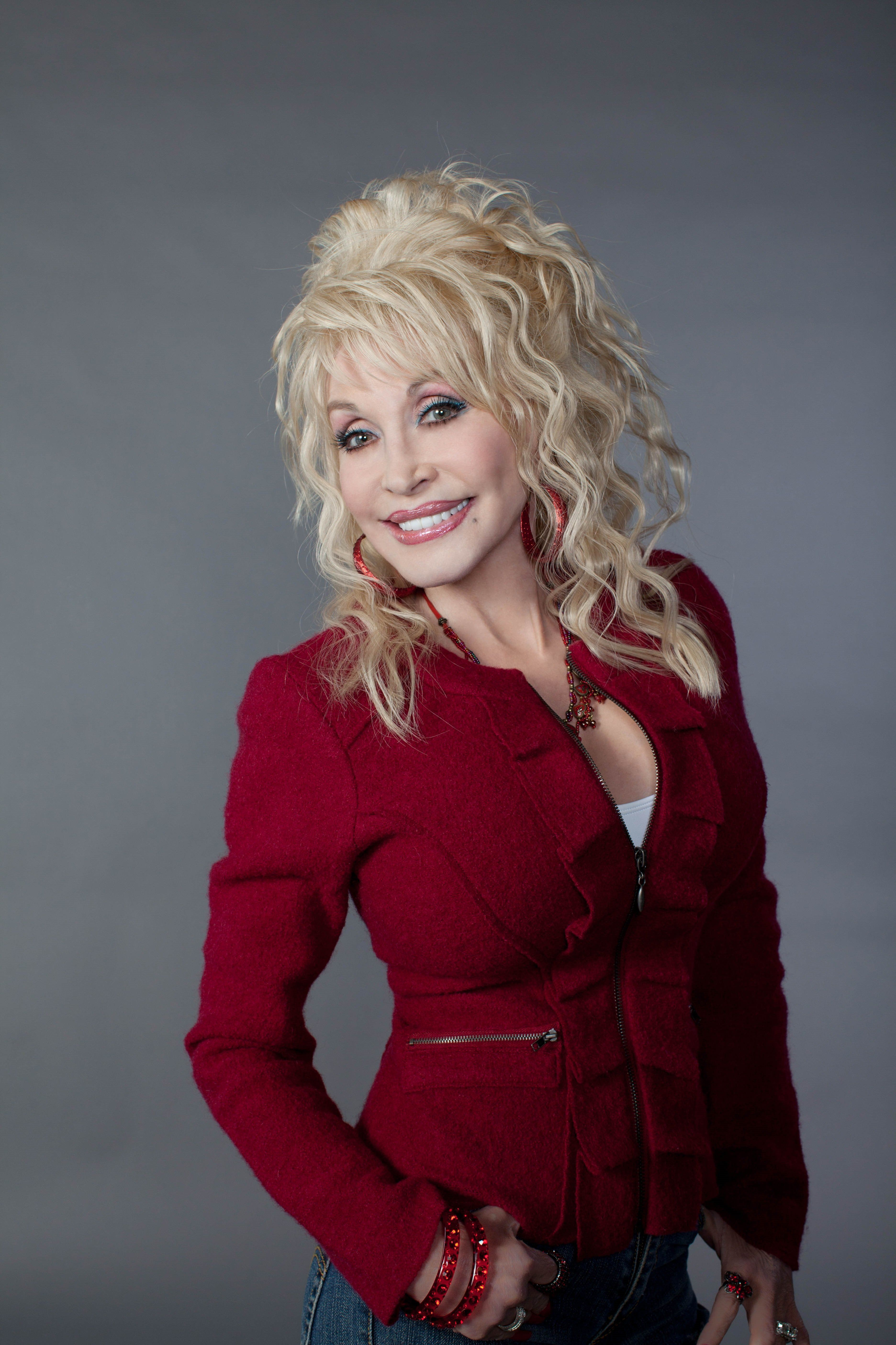 Listen To Dolly Parton's Brand New Track