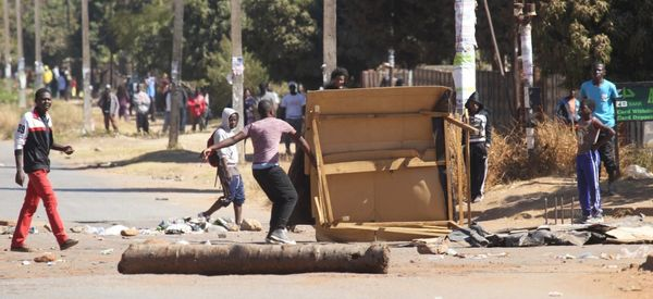 Zimbabwe's Youth Defy Blackout To Organize Protests On Social Media