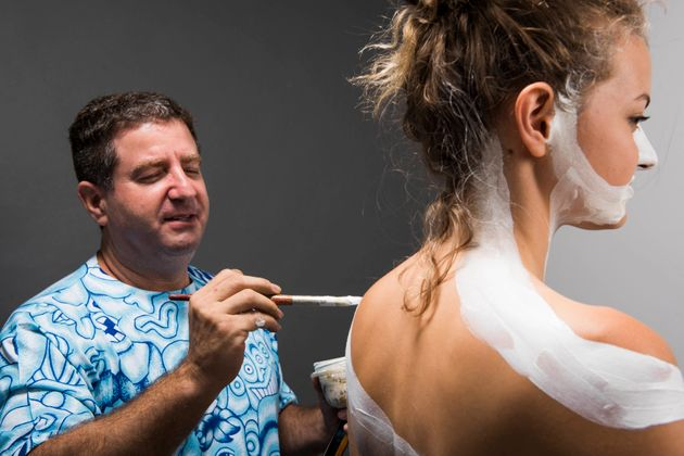 This Is What It S Like To Strip And Get Body Painted For The First Time Nsfw Huffpost