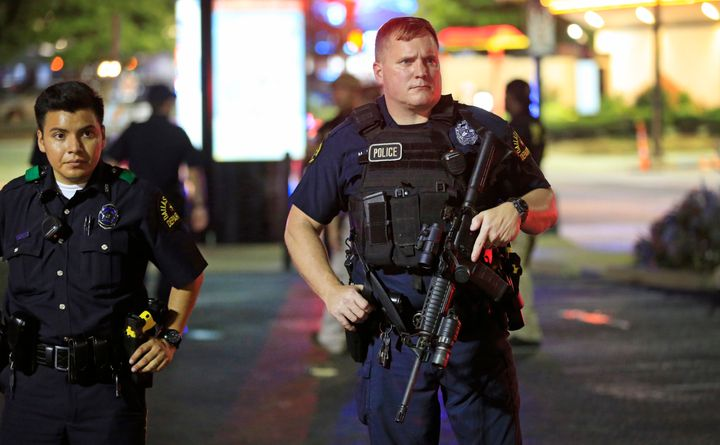 """<br>The grim footage of the <a href=""""http://www.nleomf.org/facts/enforcement/deadliest.html?referrer=http://www.huffingtonpost.com/entry/dallas-protest-shooting_us_577f0a0ce4b0344d514eb552"""" role=""""link"""" data-ylk=""""subsec:paragraph;itc:0;cpos:__RAPID_INDEX__;pos:__RAPID_SUBINDEX__;elm:context_link"""">deadliest day</a> for U.S. police since September 11, 2001, attests to the ways social media and handheld cameras have revolutionized the way we experience major news events."""