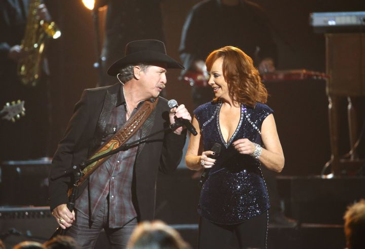 Kix Brooks and Reba McEntire perform onstage at the 49th annual CMA Awards at the Bridgestone Arena on November 4, 2015 in Na