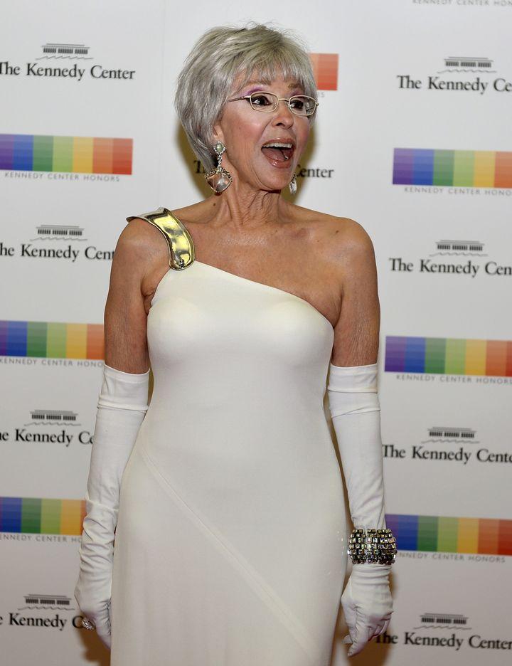 Rita Moreno Older Women Must Educate Themselves On Money Matters  Huffpost-4912
