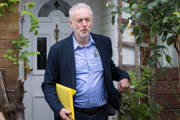Labour face court challenge over Corbyn leadership ballot