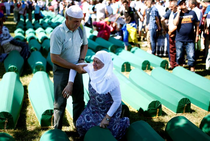 Nationalist Bosnian Serb forces killed8,000 Bosniaks after overrunning Srebrenica near the end of Bosnia's war 21