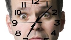 Here's How Long You Can Look Someone In The Eye Without Creeping Them