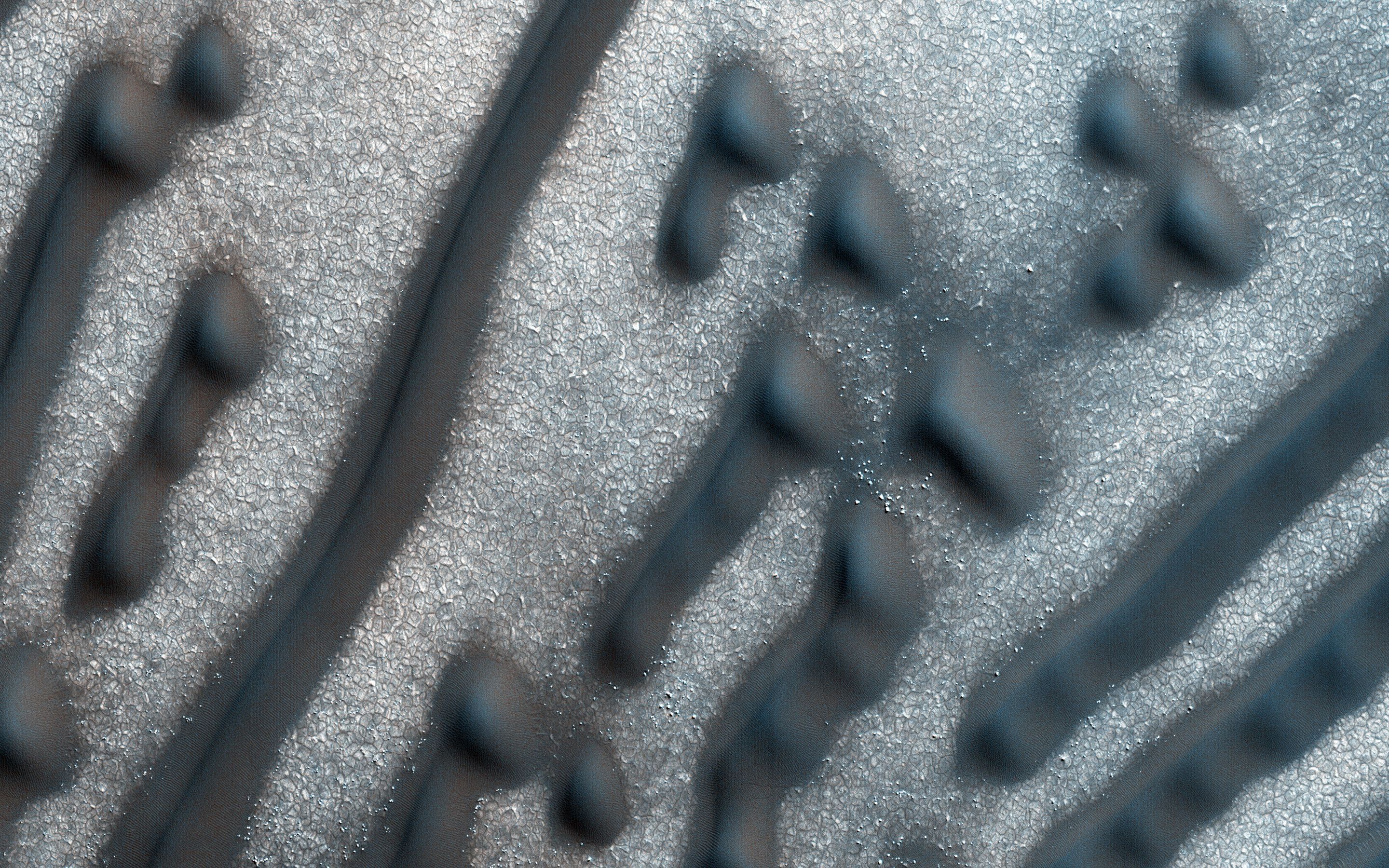 Bizarre Mars Dune Pattern Looks Like A Message In Morse