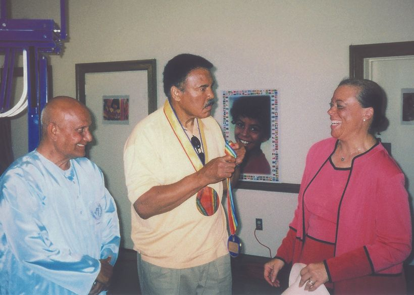 Muhammad Ali and Sri Chinmoy at the Oneness-Family Montessori School in Bethesda, MD