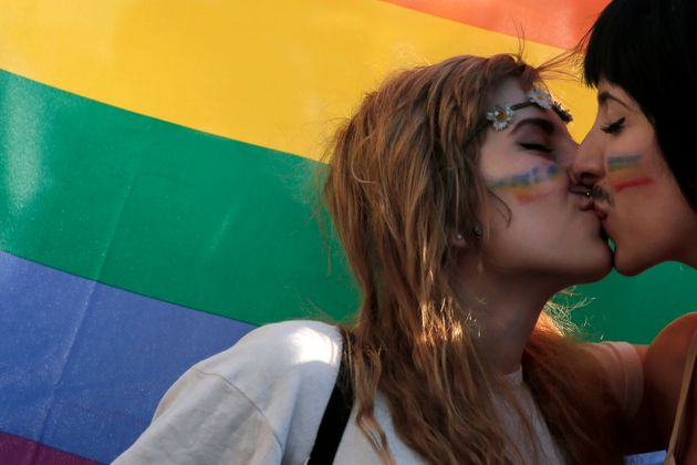 Most Lesbian And Bisexual Women Don't Feel Comfortable Enough To Be 'Out' At