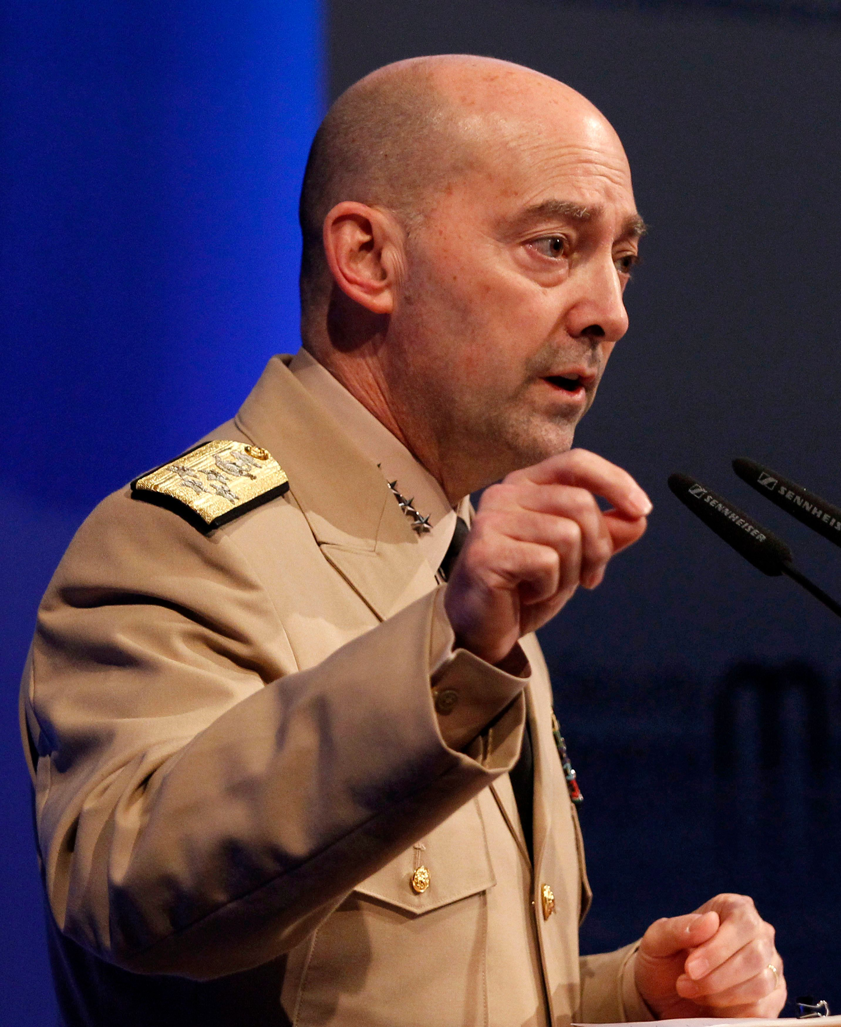 NATO Supreme Allied Commander Europe (SACEUR) U.S. Navy Admiral James Stavridis delivers a speech before a panel discussion in Berlin January 24, 2012. REUTERS/Tobias Schwarz (GERMANY - Tags: POLITICS MILITARY)