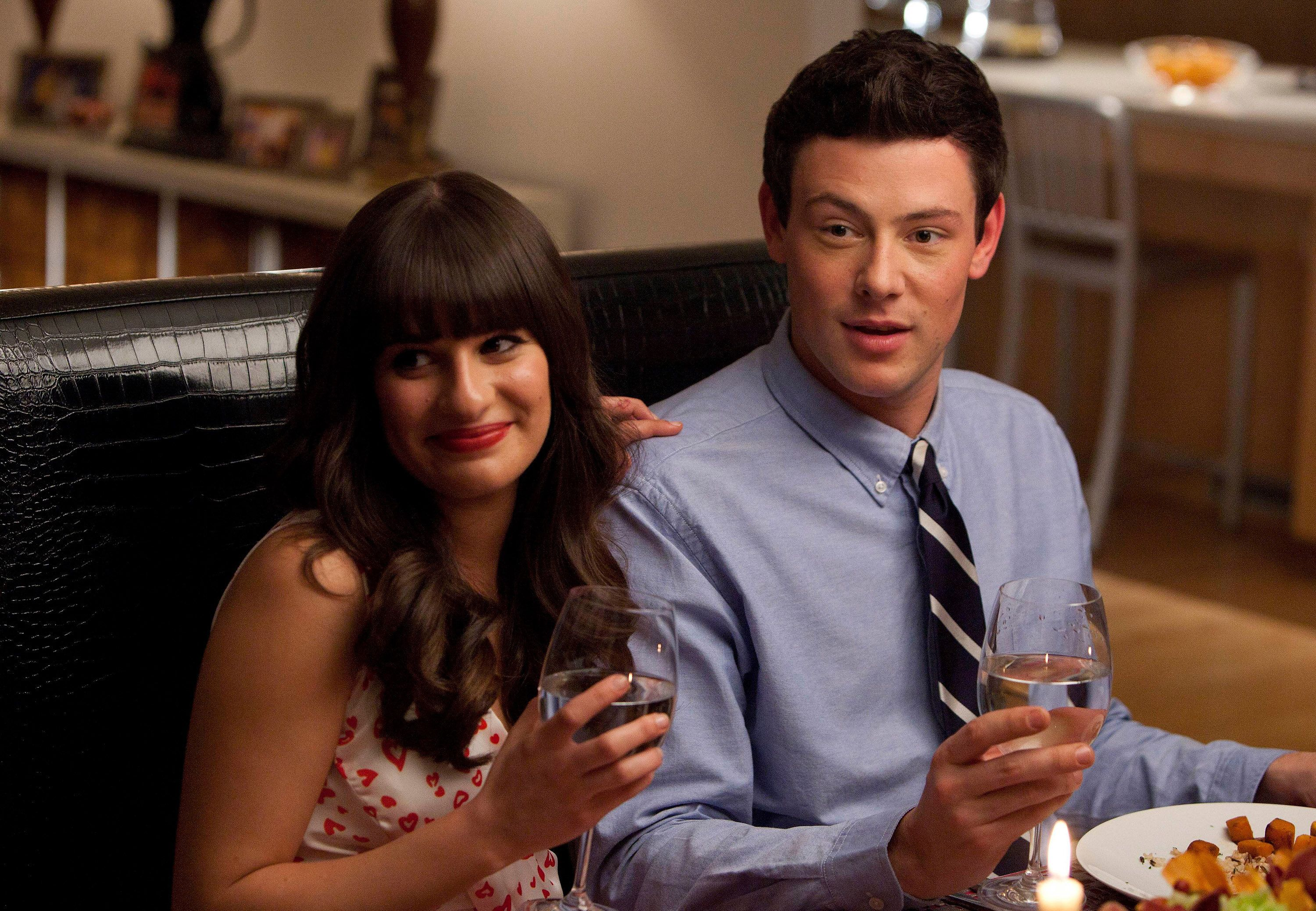 GLEE: Rachel (Lea Michele, L) and Finn (Cory Monteith, R) have dinner with her dads in the 'Heart' episode of GLEE airing Tuesday, Feb. 14 (8:00-9:00 PM ET/PT) on FOX. (Photo by FOX via Getty Images)