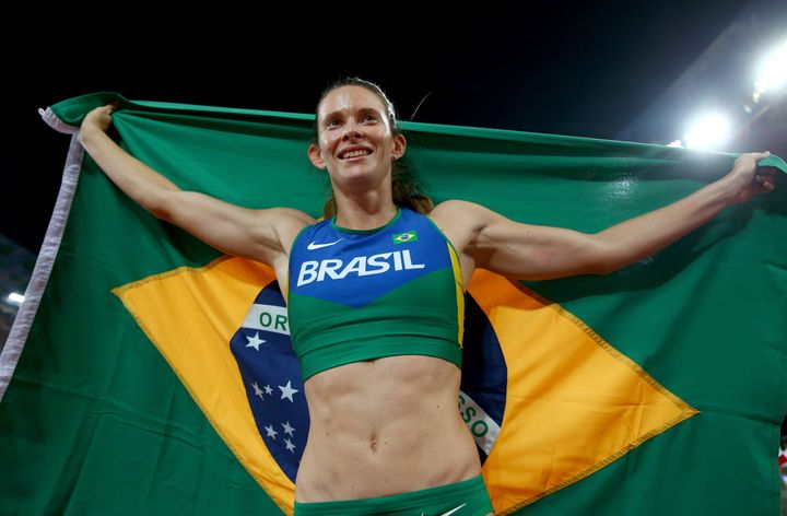 Competing at home brings new challenges to the experienced Brazilian pole-vaulter.
