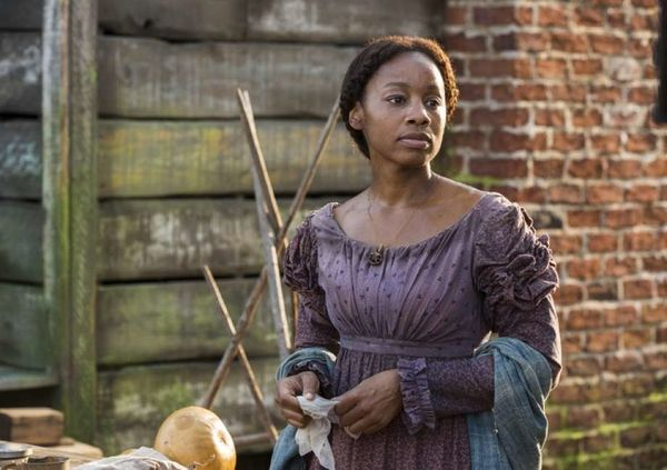 "The ""Roots"" reboot scored an Outstanding Limited Series nod, but Anika Noni Rose and her sprawling castmates were collectivel"