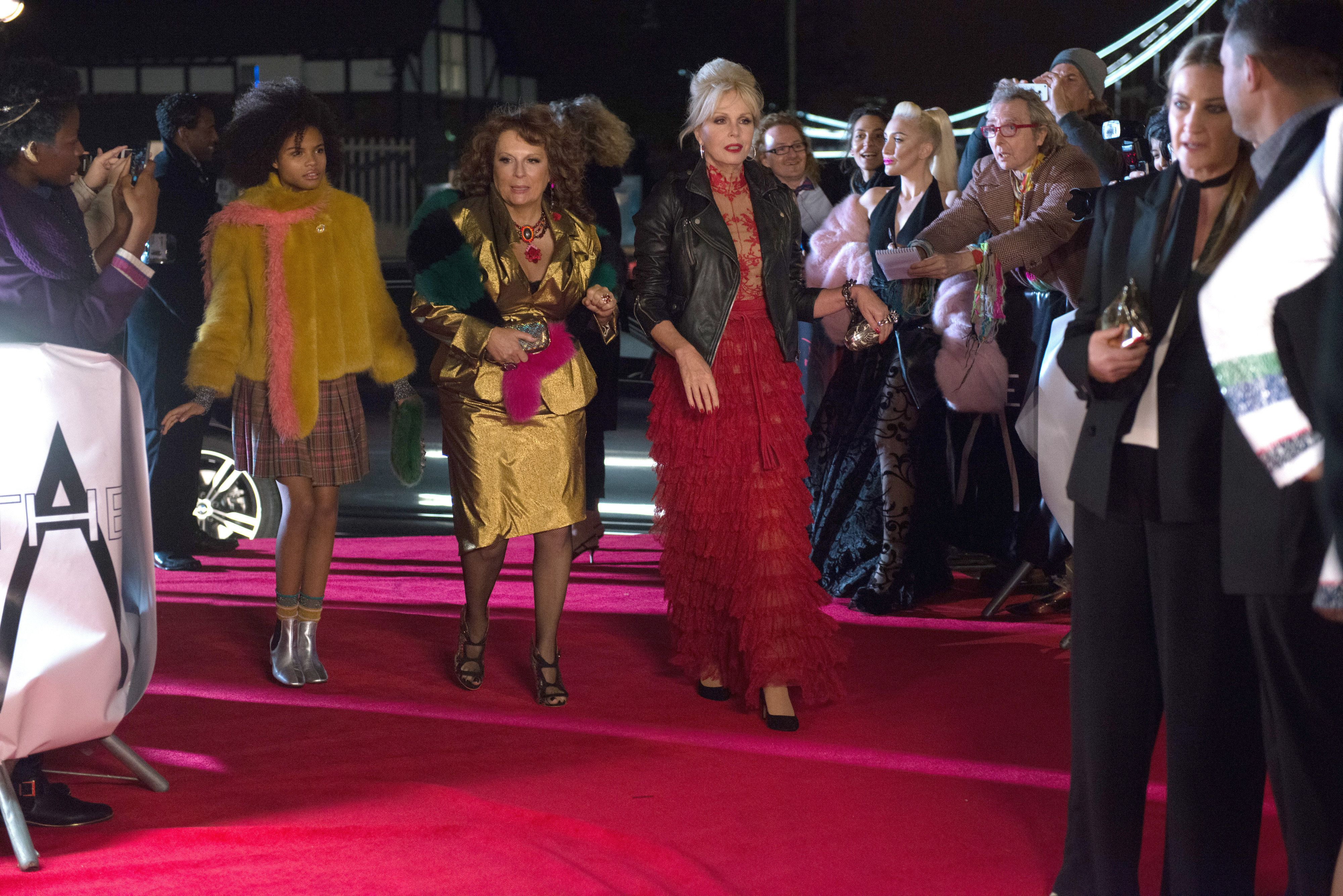 "(From L-R): Indeyarna Donaldson Holness as ""Lola,"" Jennifer Saunders as ""Edina"" and Joanna Lumley as ""Patsy"" in the film ABSOLUTELY FABULOUS: THE MOVIE. Photo by David Appleby. © 2016 Twentieth Century Fox Film Corporation All Rights Reserved"