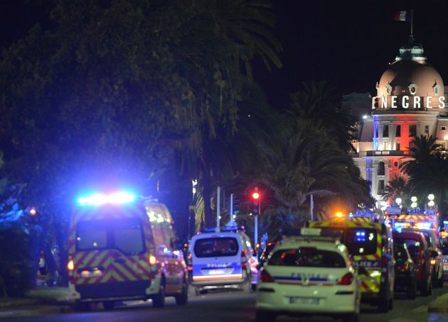 French police streamed towards the Promenadedes Anglais when reports of the attack