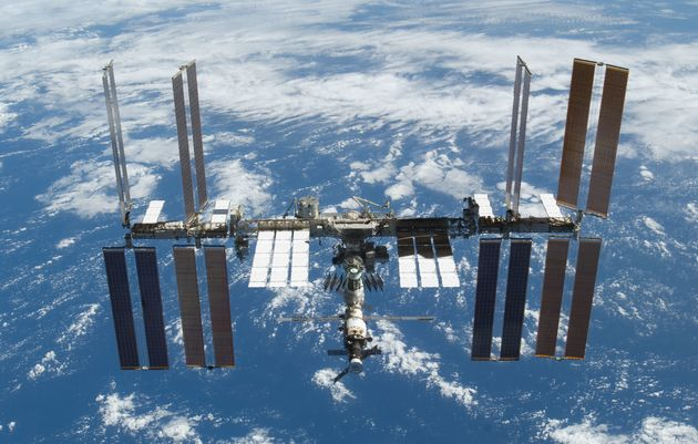NASA Is Sending A DNA Sequencer To The ISS And It Could Identify Alien